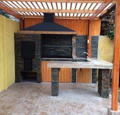 Home Design Ideas Barn Kitchen, Home, Small Backyard, Outdoor Kitchen Design, Cool House Designs, Brick Patios, Staircase Design, Outdoor Kitchen, Patio Design