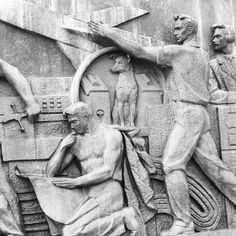 Bas relief of Laika - the first #dog in space !  #moscow #space #spaceexploration #вднх