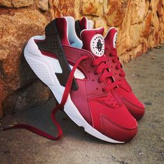 new concept f275b 30adf Instagram post by ❤ Loversneakers • Oct 9, 2016 at 5 39pm UTC. Nike Air  Huarache ...
