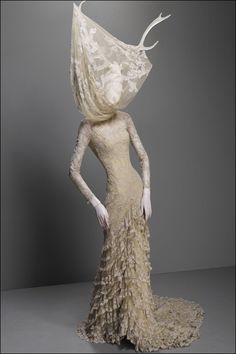 """Horn & Lace : Alexander McQueen   """"Savage Beauty"""" Collection"""