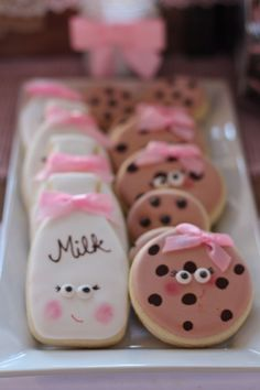 Great for Baby Showers or 1st Birthday Parties - Love these cute cookies & milk party cookies