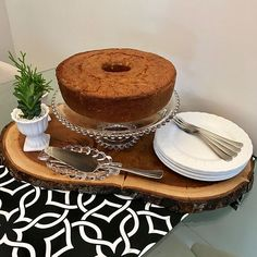 Brunch Mesa, Bistro Food, Must Have Kitchen Gadgets, Food Platters, Tea Service, Deco Table, Decoration Table, Food Presentation, Dinner Table