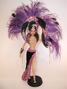 """Barbie Dolls : Image : Description """"Violet Jublilee"""" is inspired to one of the Bob Mackie costume from the Vegas show of Jubilee. of Mario Paglino and Gianni Grossi, from Bob Mackie, Doll Clothes Barbie, Barbie Dress, Fashion Royalty Dolls, Fashion Dolls, Vintage Barbie, Ooak Dolls, Art Dolls, Marie Osmond"""
