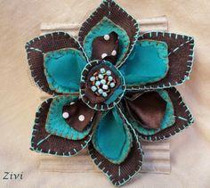 El Rinconcito de Zivi: Broches flor hechos de fieltro y telas- handmade brooches felt and fabrics