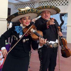 Mariachi Azteca Del Oro. Heard Museum Spanish Market, 2014. Photo by Caesar Chaves.