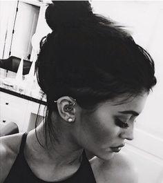 Kylie Jenner piercings