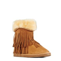 From layered fringe to a cuff of faux-fur, Calgary is bursting with playful winter style. Wear this boot with skinnies and a plaid button-up.