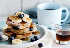 Flourless banana & blueberry pancakes