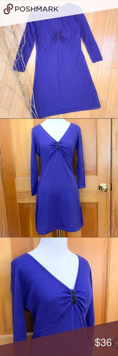 BODEN sweater dress, US 4. Lovely sweater dress by Boden, size US 4. Material tag is missing, but feels like merino wool. Bust is 18 inches and stretchy, length is 34 inches, sleeve 19 inches. This is a really beautiful blue color with purple undertones. Excellent condition! Boden Dresses