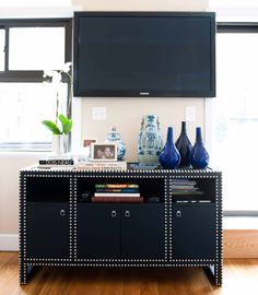 Silver nailhead looks so good on black! It looks really awesome on distressed white too! Tried it and just love it!