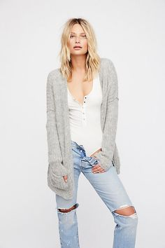 Slide View 1: Weekend Getaway Cardi