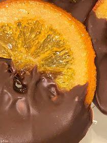 ΜΑΓΕΙΡΙΚΗ ΚΑΙ ΣΥΝΤΑΓΕΣ 2: Πορτοκάλια καραμελωμένα με σοκολάτα!!! Piece Of Cakes, Sweets, Cooking, Easy, Desserts, Blog, Kitchen, Tailgate Desserts, Deserts