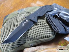 You know you've always wanted that coveted Emerson knife and now Kershaw and Emerson have collaborated to provide a Kershaw-Emerson CQC knife that anyone can afford. All of the eight different Kershaw-Emerson knives are a terrific bargain! Check em' Out! http://www.osograndeknives.com/catalog/knives/kershaw-emerson-cqc-8k-tanto-framelock-folding-knife-3.5-inch-black-blade-g10-handle-6044tblk-25665.html