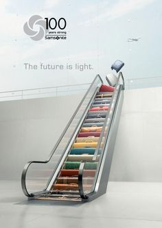 Samsonite, designed in United States. Founded in by Jesse Shwayder, Samsonite has been one of the most recognised brands for luggage throughout it's history. Clever Advertising, Print Advertising, Print Ads, Creative Poster Design, Ads Creative, Poster Designs, Social Media Poster, Social Media Design, Banks Ads