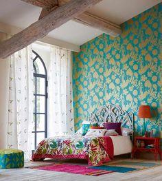 Inspirerande sovrum med tapet från kollektionen Amazilia 111049. Klicka för att se fler fina tapeter för ditt hem!