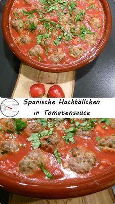 Spanische Hackbällchen mit Tomatensauce #Spanische #Hackbällchen können ausgezeichnet als #Tapas oder auch als Hauptgang mit frischem Brot oder Reis serviert werden. Das Rezept lässt sich sehr gut vorbereiten und ist schnell und einfach erledigt. Viel Spaß beim Nachkochen!