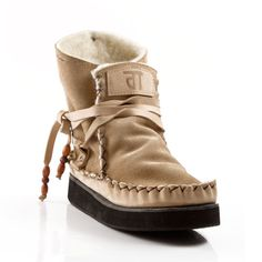 Nadar Boot by Gurmuki driggers (ZAR) Sheep Wool, Unisex Fashion, Suede Leather, Ankle Boots, Pure Products, My Style, How To Wear, Beauty, Ankle Booties