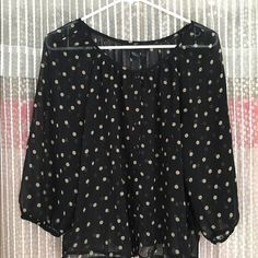 NWOT H&M polka dot peasant top h&m, tag says size 6 but could fit anything below that for a loose fit. nwot. H&M Tops Blouses