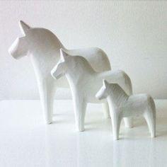 White wood Swedish Genuine Dala Horse set trio scandinavian home decor ornament handmade
