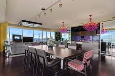 Luxury Kitchen I like!!