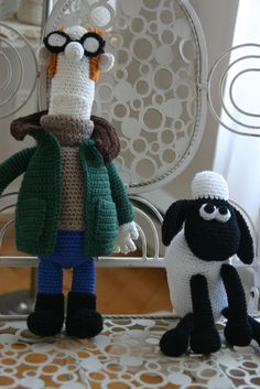 Crochet Shaun the Sheep and Farmer