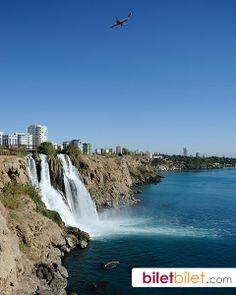 Her yıl yerli ve yabancı turistlerin akın ettiği güzel Antalya!  https://www.biletbilet.com/etiket/985/antalya-ucak-bileti