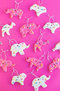 DIY Circus Animal Cookie Ornaments | studiodiy.com