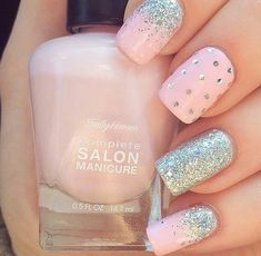 Pretty and glitter nail art design #nail #naildesign