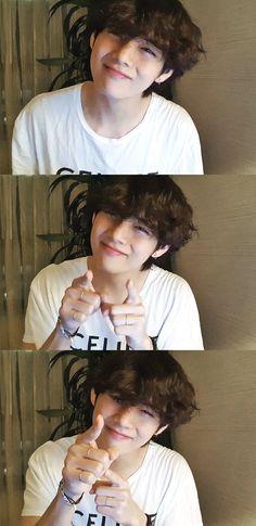 [BTS] V's first visual radio! Foto Bts, Daegu, Bts Taehyung, Bts Bangtan Boy, Taehyung Fanart, Bts Jimin, Bts Lockscreen, Yoonmin, K Pop
