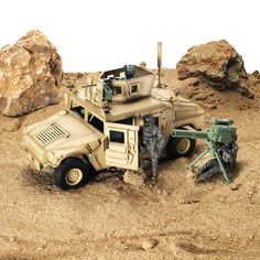 Sunny Days Entertainment Up-Armored Humvee - Vehicle Playset with Action Figure and Realistic Accessories Military Figures, Military Diorama, Army Men Toys, Gun Turret, Cool Toys, Awesome Toys, Toy Soldiers, Cool Cartoons, Hilarious Animals