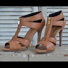 "Jessica Simpson Gorgeous Heels!! Great condition and gorgeous!!  The heel is 4.5"" tall. Jessica Simpson Shoes Heels"