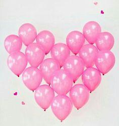 13 DIY Wedding Photo Booth Backdrops That Are Fun And Affordable - Weddingomania Sei Mein Valentinsschatz, Ballon Rose, Diy Wedding Photo Booth, Diy Girlande, Giant Balloons, Happy Balloons, Rainbow Balloons, Black Balloons, Balloon Wall