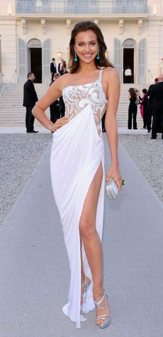 1fcf73afb6f Irina Shayk (long sexy white dress) Stylish Clothes For Women, Irina Shayk,