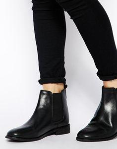 Bild 4 von ASOS – AIRTIME – Chelsea-Ankle Boots aus Leder