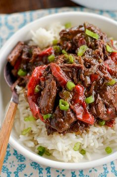Slow Cooked Spicy Asian Beef - skip ordering take out with this amazingly tasty set it and forget it slow cooker meal. #slimmingworld #weightwatchers #beef #slowcooker #InstantPot #glutenfree #dairyfree #paleo Healthy Slow Cooker, Slow Cooker Beef, Slow Cooker Recipes, Crockpot Recipes, Cooking Recipes, Healthy Recipes, Chicken Recipes, Healthy Dinners, Cooking Tips
