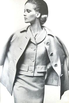 tweed short coat  Mainbocher 1963    Photo by Irving Penn