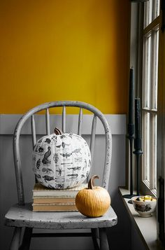 Something else with your pumpkins, and match the autumn sun in your home with a colour like Strong Ochre.