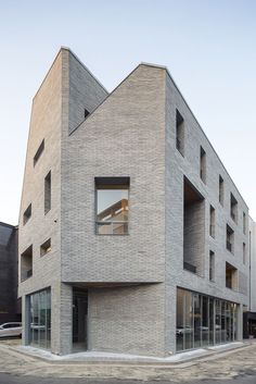 Gallery of Guwol Multi-Family House & Commercial Stores / Seoga Architecture - 6