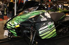 Spiralus Design Retro themed wrap for an Arctic Cat Proclimb, in green
