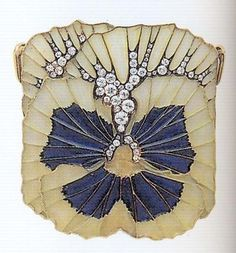 Renée Lalique, Brooch, c. 1900    Gold, émail plique à jour, diamonds. 6, 25 cm in hight.