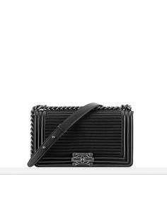 Any plain black and silver Chanel Boy Bag AU $5470? Not in the biggest size but medium? The latest fashion shows, ready-to-wear & accessories collections and haute couture on CHANEL official website