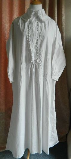 Antique Victorian white long nightdress - Swiss embroidery lace collar & cuffs