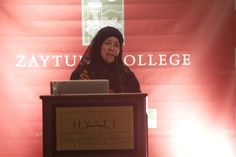 Vice President of Academic Affairs Colleen Keyes addressing an audience at the 2013 ISNA convention in Washington D.C.