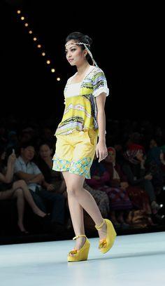 IFW 2013 # 222 Riska Jasmine – Teen Spirit Indonesia Fashion Week, Teen Fashion, Jasmine, Spirit, Teen Girl Fashion, Teenager Fashion