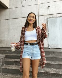 Look do dia Flannel Outfits Summer, Jeans Outfit Summer, Trendy Summer Outfits, Outfit Jeans, Cute Casual Outfits, Indie Outfits, Teen Fashion Outfits, Retro Outfits, Vintage Outfits