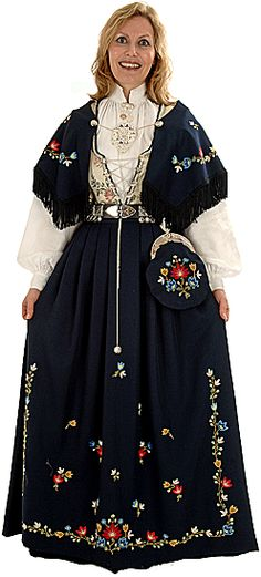I currently do the embroideries on a Frafjord bunad. Beautiful Costumes, Beautiful Dresses, Scandinavian Embroidery, Costumes Around The World, Ethnic Outfits, Folk Costume, Traditional Outfits, Pretty Woman, Norway
