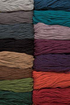 Swish Bulky Yarn Knitting Yarn from KnitPicks.com - Superwash bulky weight merino wool knitting yarn