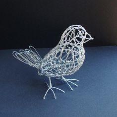 Finch - Ruth Jensen Wire Sculpture http://www.etsy.com/shop/sparkflight