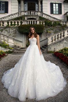 Milla Nova Bridal Wedding Dresses 2017 dolores / http://www.himisspuff.com/milla-nova-bridal-2017-wedding-dresses/17/