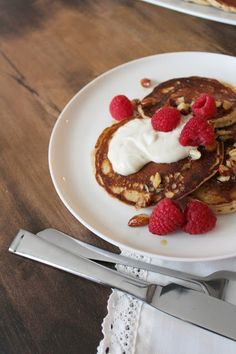 The taste of Myriam !: Lemon, cottage cheese pancakes & Brown butter with almonds | Pancakes au fromage cottage, citron & Beurre brun aux amandes